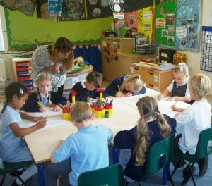 Sarah at Knebworth Primary School, Hertfordshire, helping the children 'beat the blank piece of paper'!